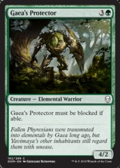 Gaea's Protector - Foil
